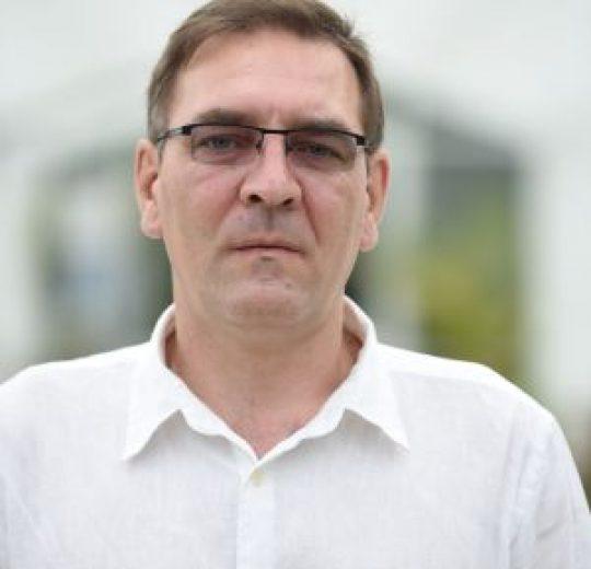 Lect. univ. dr. Leonard IURESCU