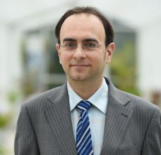 Lect. univ. dr. Adrian-Liviu SCUTARIU